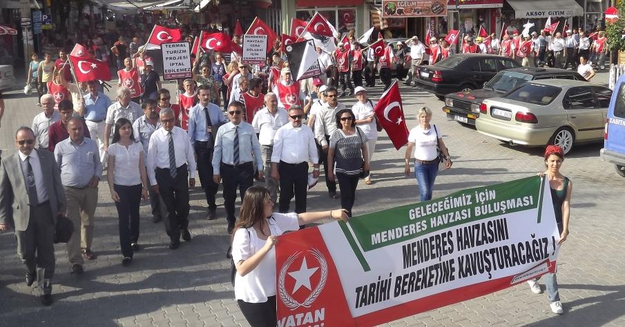 Vatan Partisi Menderes İçin Eylem Yaptı