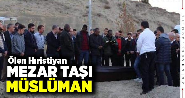 Hristiyan futbolcunun mezarına Ruhuna El Fatiha...