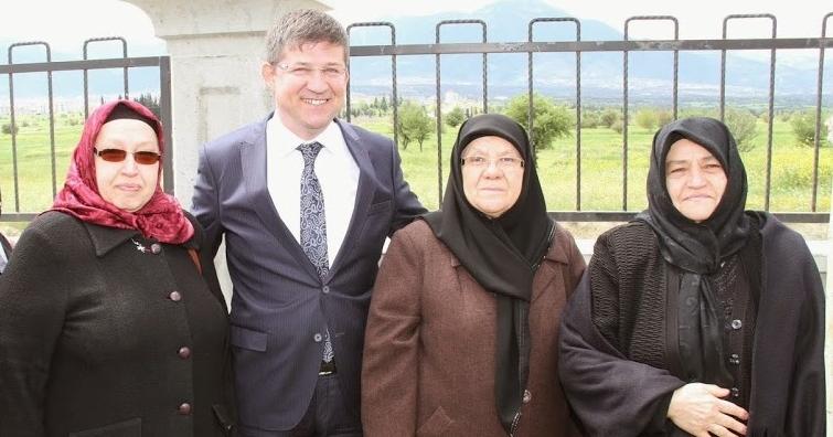 Subaşıoğlu'ndan 'Anneler Günü' Kutlama Mesajı
