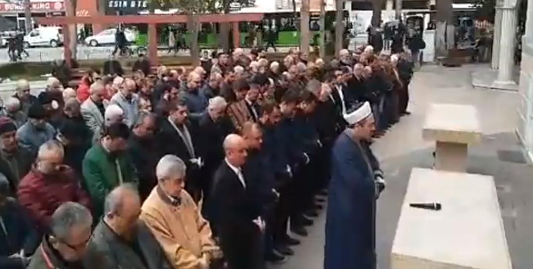 Ozan Arif İçin Denizli'de Gıyabi Cenaze Namazı