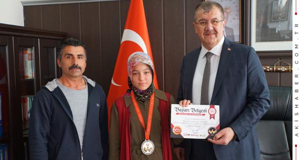 Yıldızlar Başkan Gürcan'ı Ziyaret Etti