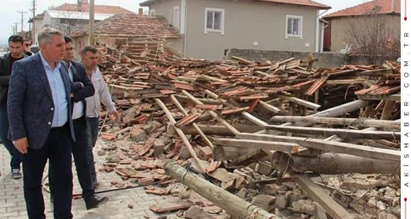 Bahtiyar'dan Depremzedelere Moral