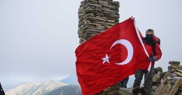 DOSEV Sarıkamış Şehitleri İçin Babadağ'a Tırmandı