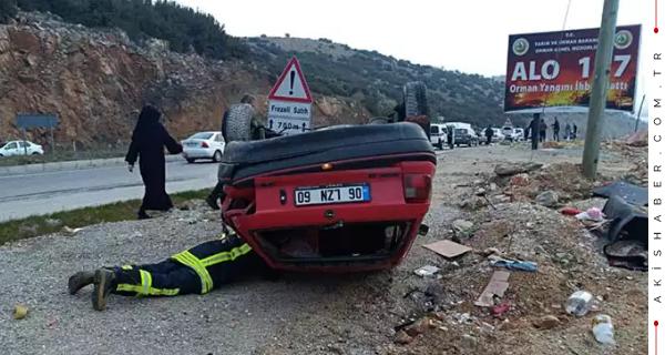 Denizli'de Kaygan Zemin Kaza Getirdi 1 Yaralı