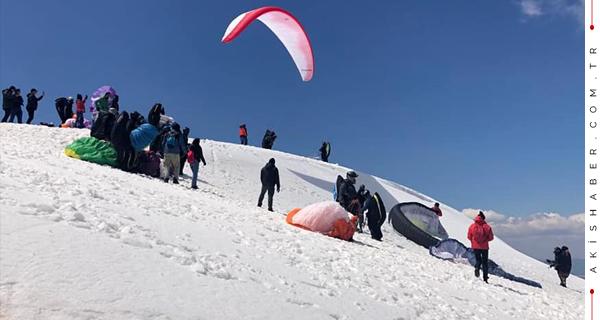 70 Sporcu Yaylacık Dağından Atladı