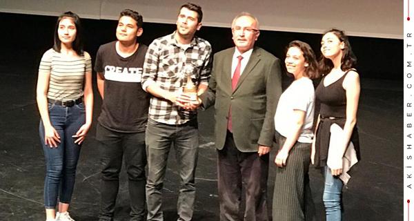 Denizli Seviye Okulları'na 2 Ödül Birden