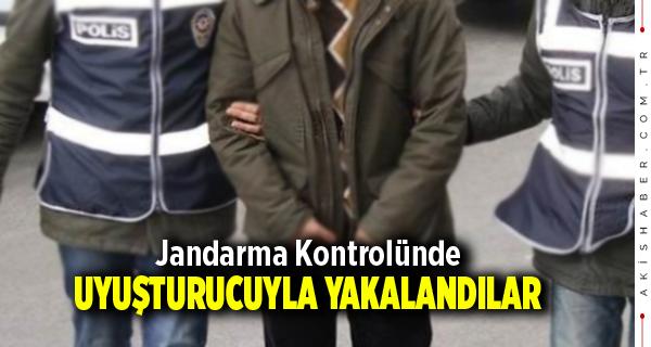 Jandarma Kontrolünde Uyuşturucuyla Yakalandılar