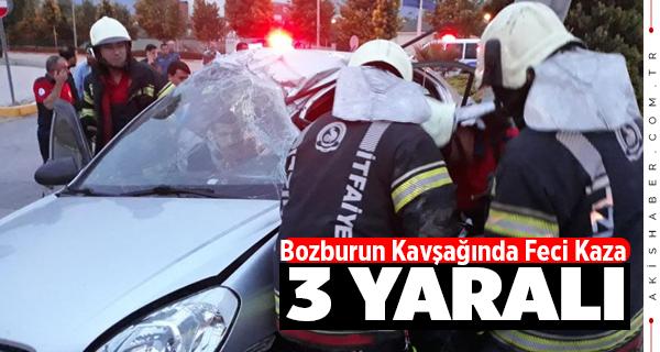 Bozburun Kavşağı'nda Feci Kaza: 3 Yaralı