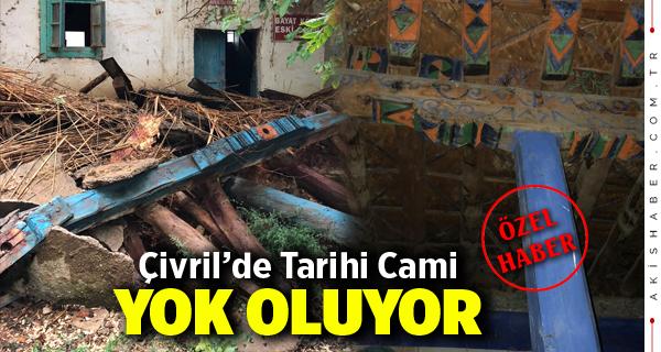 Çivril'de Tarihi Cami Yok Oluyor