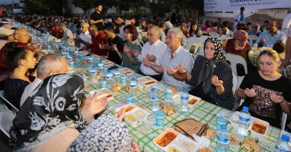 Muratdede'de iftar buluşması
