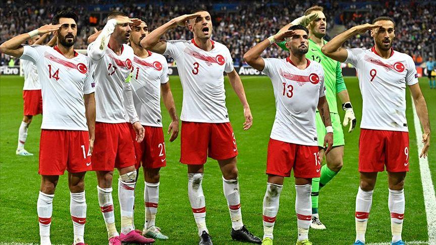Asker selamına UEFA'dan soruşturma