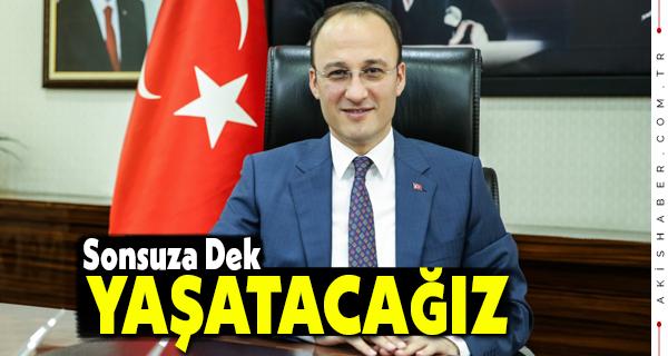 Atatürk: Büyük Devlet Adamı