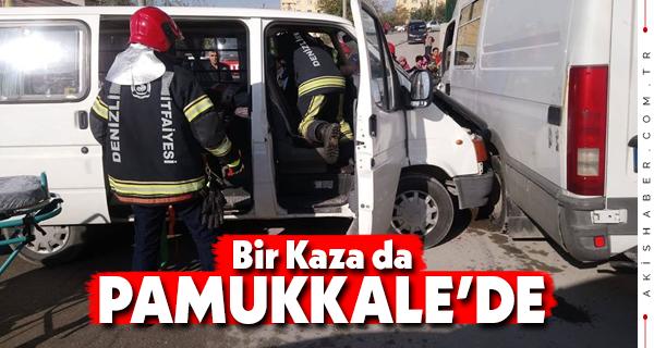 Denizli'de Minibüsler Kaza Yaptı: 1 Ağır Yaralı