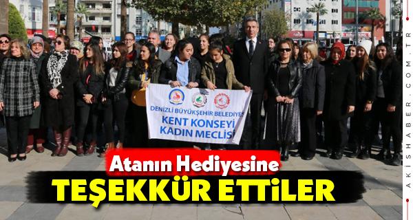 Büyükşehir Kadın Meclisi Atatürk Anıtında Buluştu