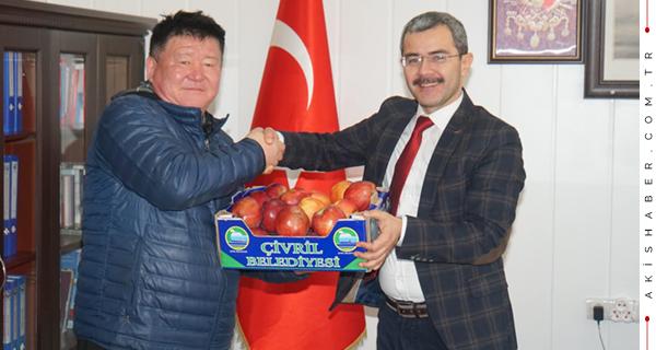Başkan Moğol Kafilesine Çivril'i Anlattı