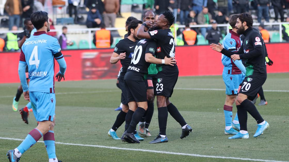 Denizlispor penaltılarla elendi: 2-4