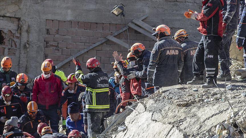 Depremden kurtarılan sayısı 41