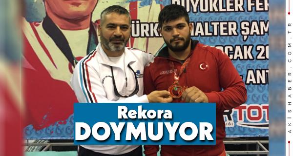 Mehmet Avcıl 3 Kategoride Rekor Kırdı