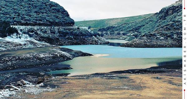 Denizli'de Gölet Dondu
