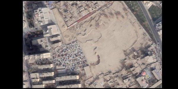Çin,Uygur Mezarlıklarını Oto Park Yaptı