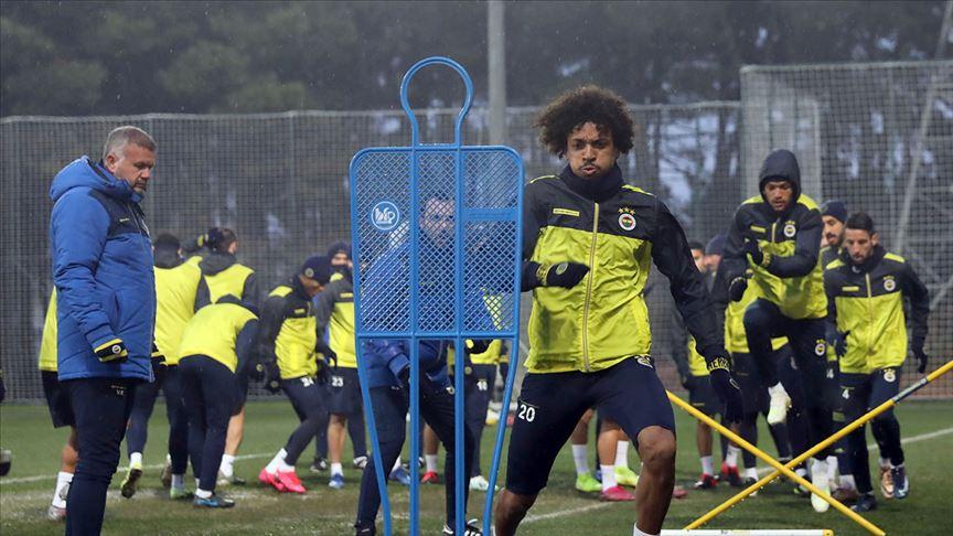 Fenerbahçe sahaya çıkıyor