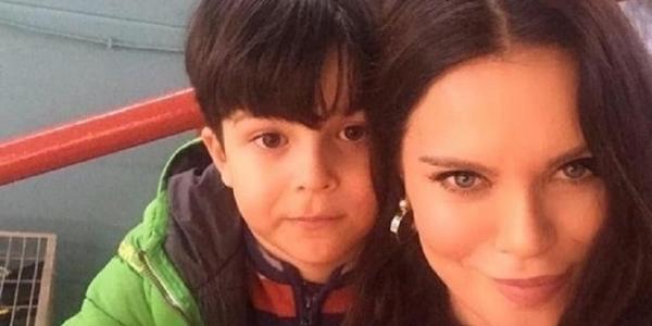 Ebru Şallı'dan Anneler Günü'nde duygulandıran paylaşım