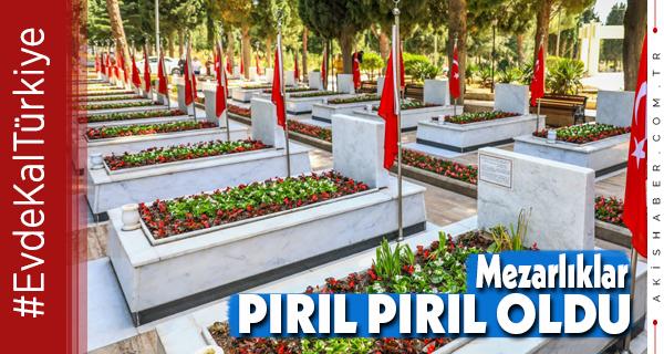 Büyükşehir'den Mezarlıklara Bakım Ve Temizlik Çalışması
