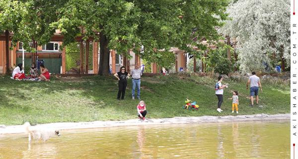 Aileler Çocuklarıyla PAÜ Gölbahçe'ye Koştu