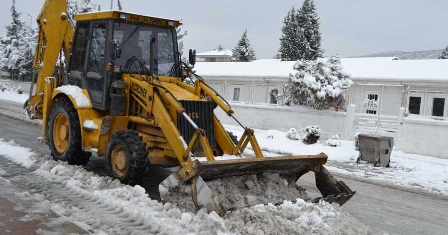 Tavas Belediyesi'nde Kar İçin Kriz Masası !