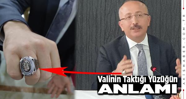 Vali Ali Atik'in Taktığı Yüzük Dikkat Çekti