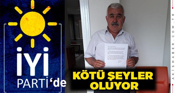 İYİ Parti Çivril İlçe Yönetiminden 11 İstifa