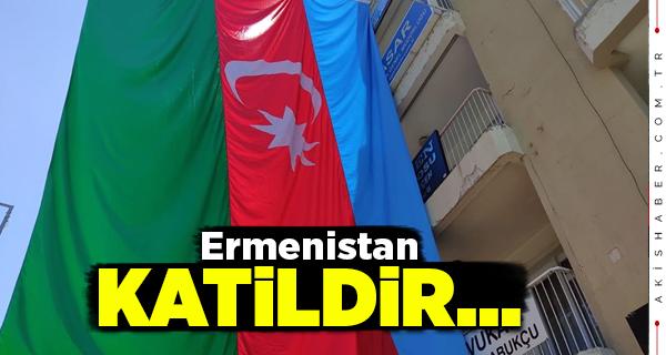 Dev Azerbaycan Bayrağı Denizli'de Gündem Oldu