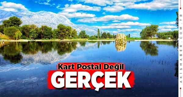 Çivril'in Işıklı Gölü Doğaseverleri Kendine Çekiyor