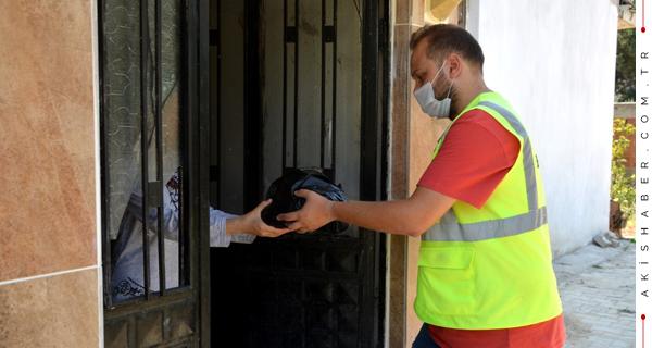 Sarayköy'de ihtiyaç Sahiplerinin Yüzü Güldü