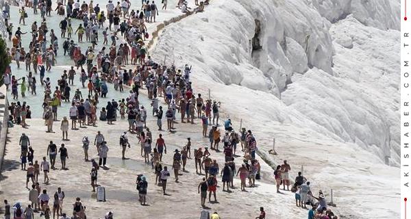 5 Günde Pamukkale'yi Kaç Kişi Ziyaret Etti?
