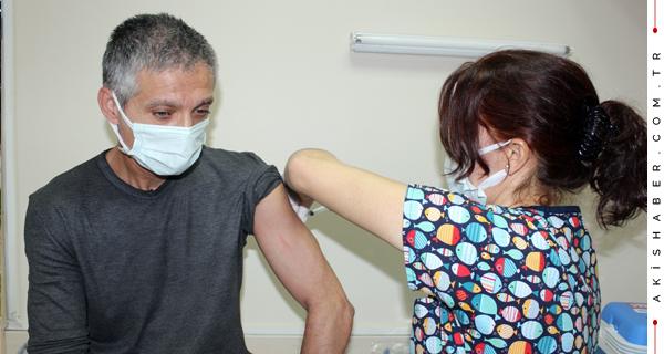 Denizli'de Aşı Olanların Sayısı 250'e Bine Dayandı