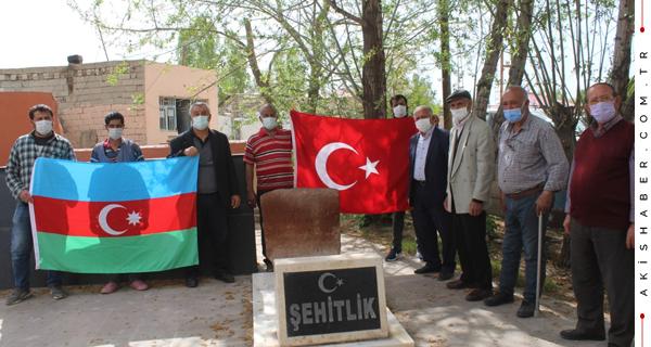 Ermeniler'in Katlettiği Şehitler Dualarla Anıldı