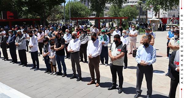 Denizli'de Cuma Sonrası Gıyabi Cenaze Namazı