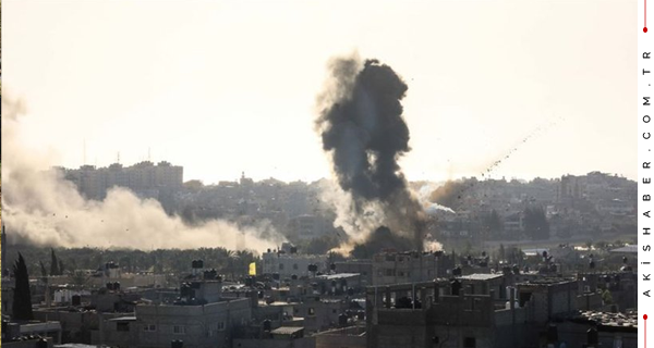 """""""İsrail'in Saldırılarını Lanetliyoruz"""""""
