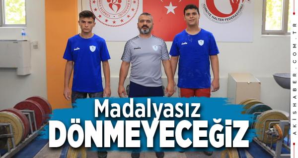 Pamukkale Belediyespor'un Haltercileri Türkiye Şampiyonasında
