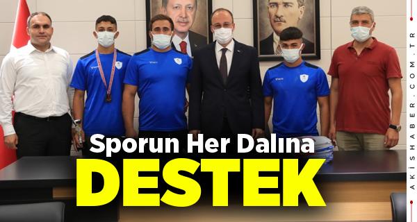 Başkan Örki Pamukkale Belediyespor'un Güreşçilerini Ağırladı