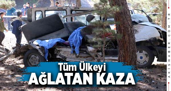 Afyon'da Feci Kazada  5 Öğrenci Can Verdi