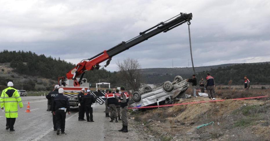 Buldan'da Kaza 2 Kişi Öldü!