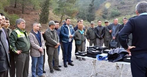 Denizlili Orman Muhafaza Memurlarına Silah Eğitimi