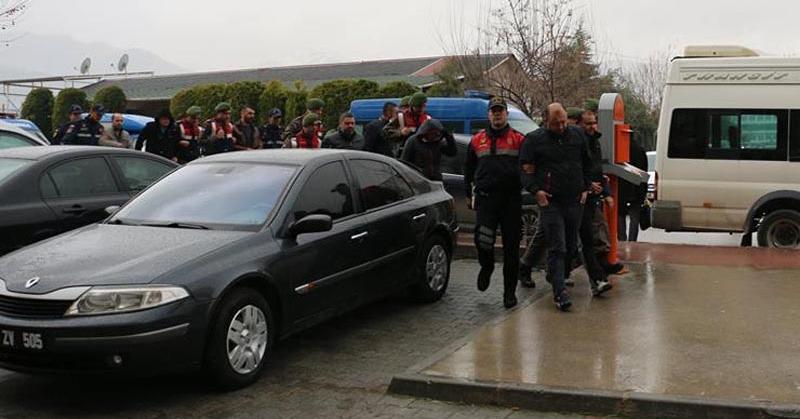 Pamukkale'de Fuhuş Operasyonu! 100 gözaltı